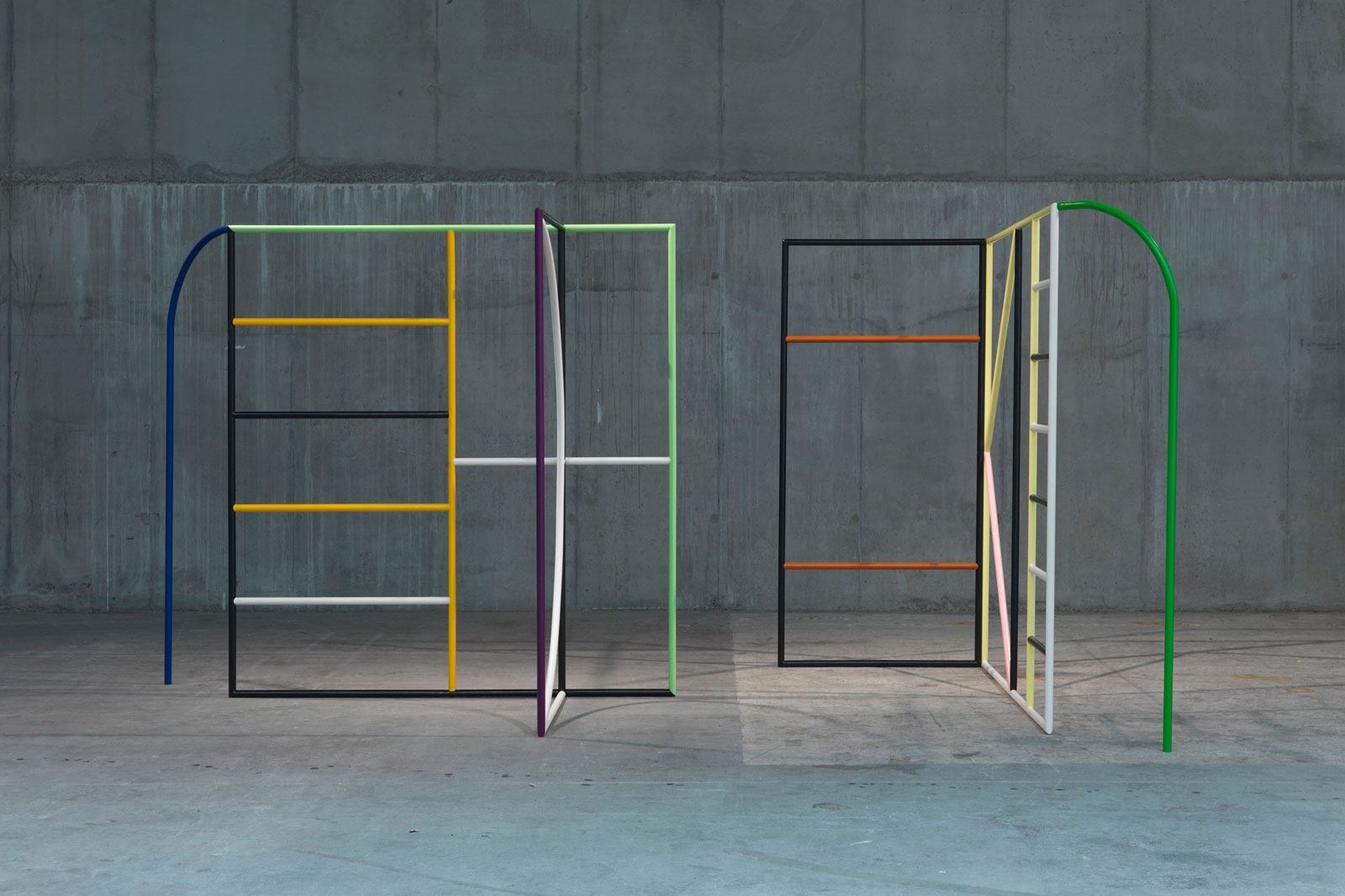 Untitled (Monday &amp; Tuesday), 2013 <br/>steel, lacquer<br/>220 x 250 x 150 cm each