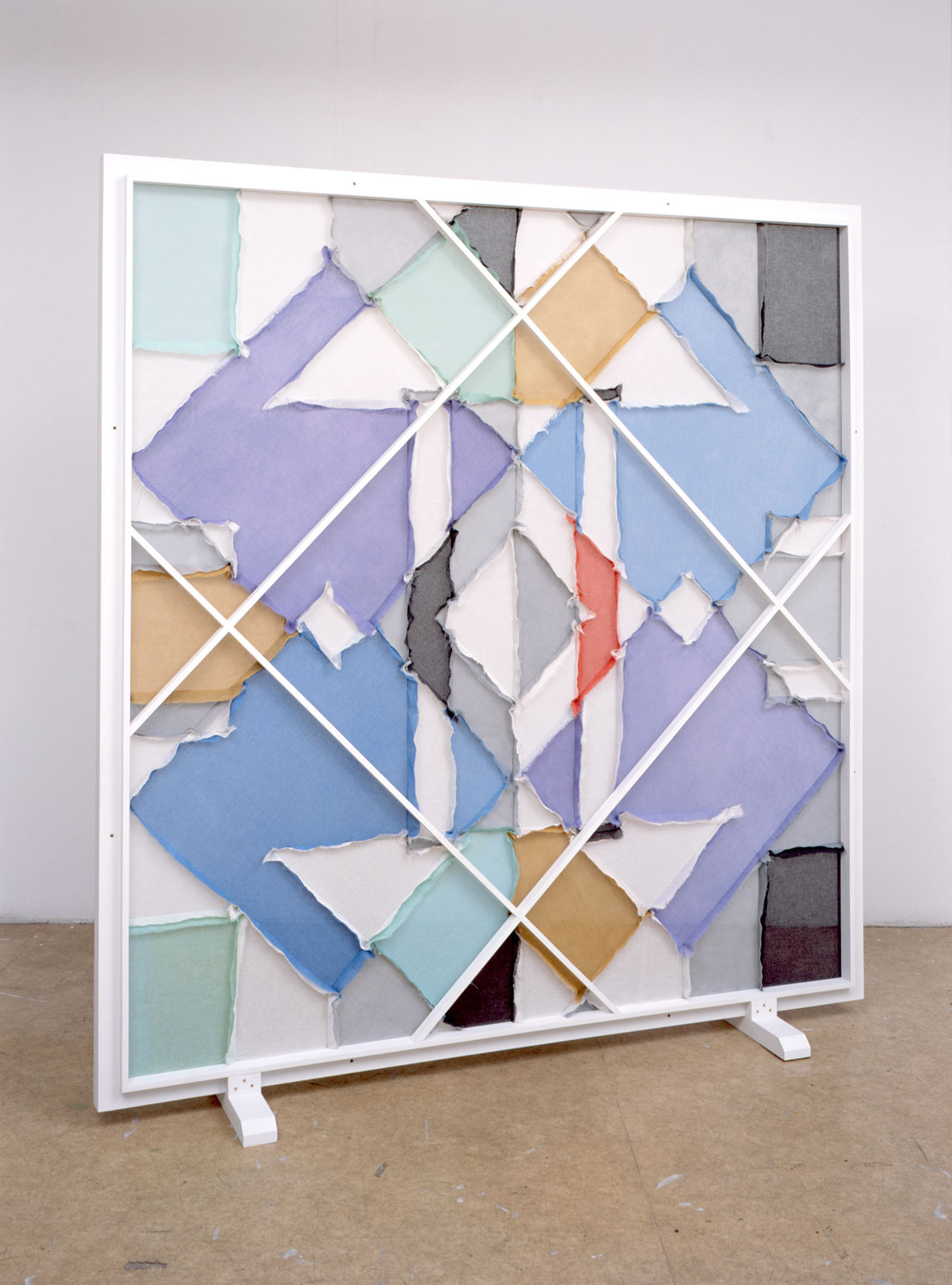 Untitled, 2007<br/>muslin, fabric dye, wood, primer<br/>228 x 213 x 40 cm